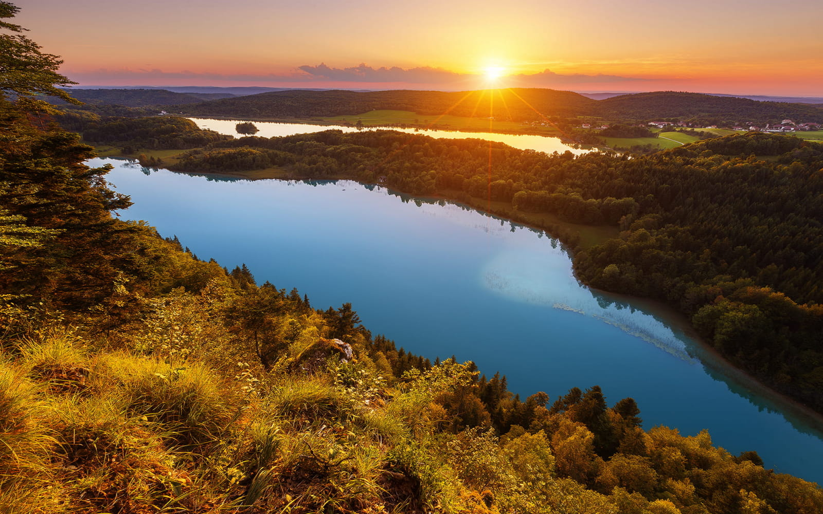 Coucher de soleil sur le belvédère des 4 lacs