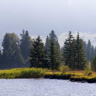 le lac des Rousses dans le massif du Jura