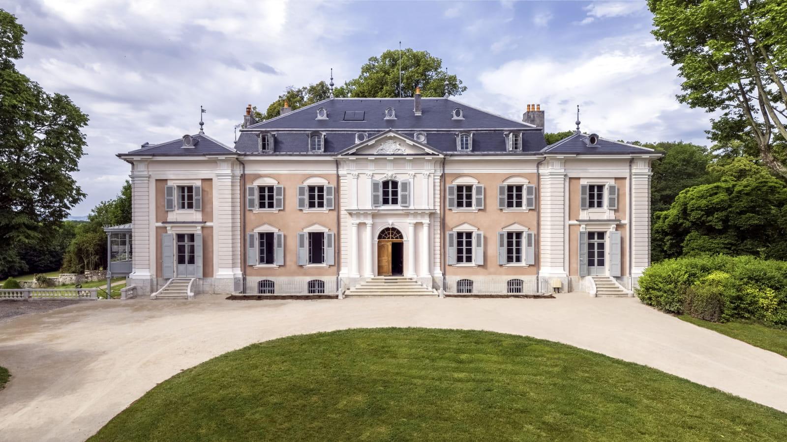 Château de Voltaire, façade sur cour