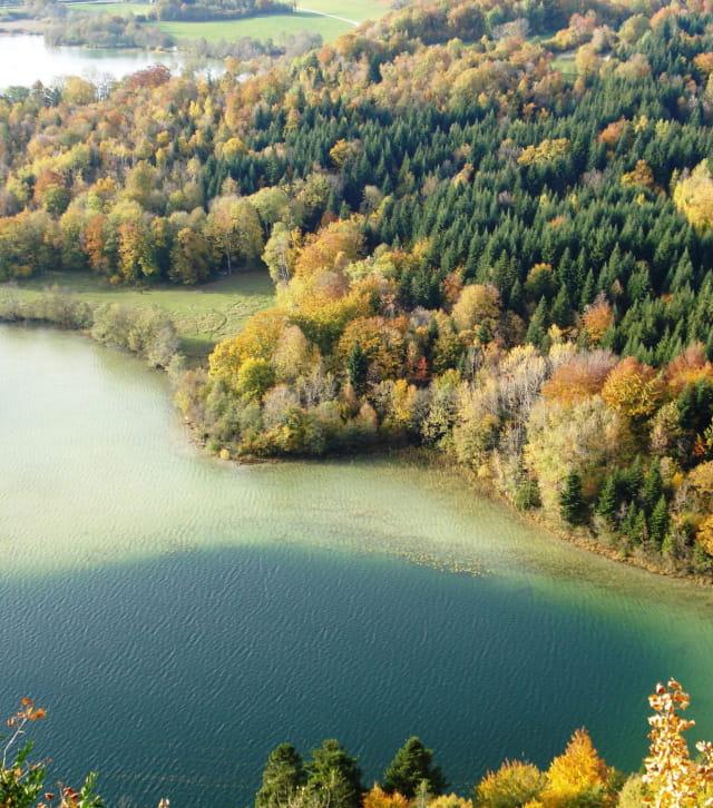 Les Quatre Lacs à l'automne depuis le belvédère des quatre lacs