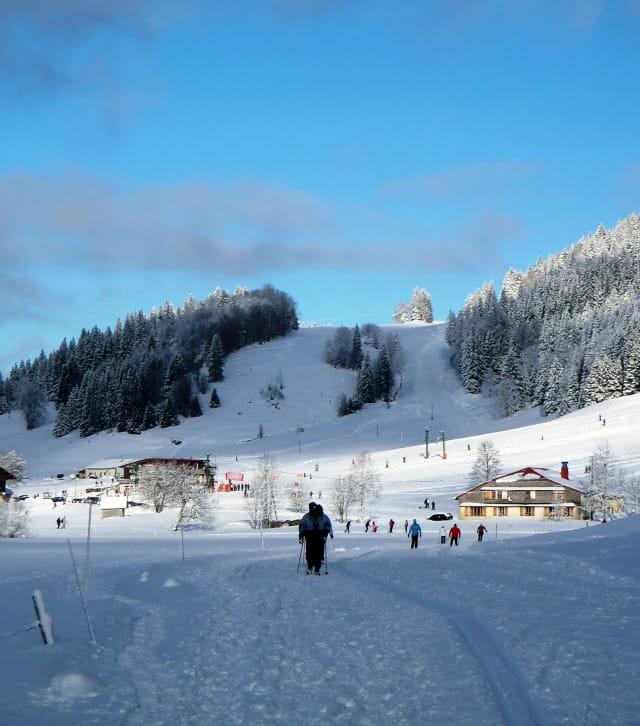 Initiation au ski de fond à la station des Rousses