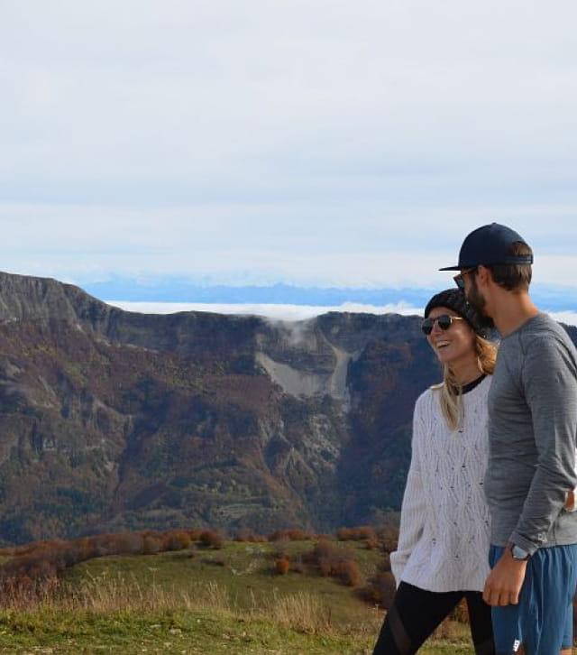 Couple au sommet du Crêt de Chalam